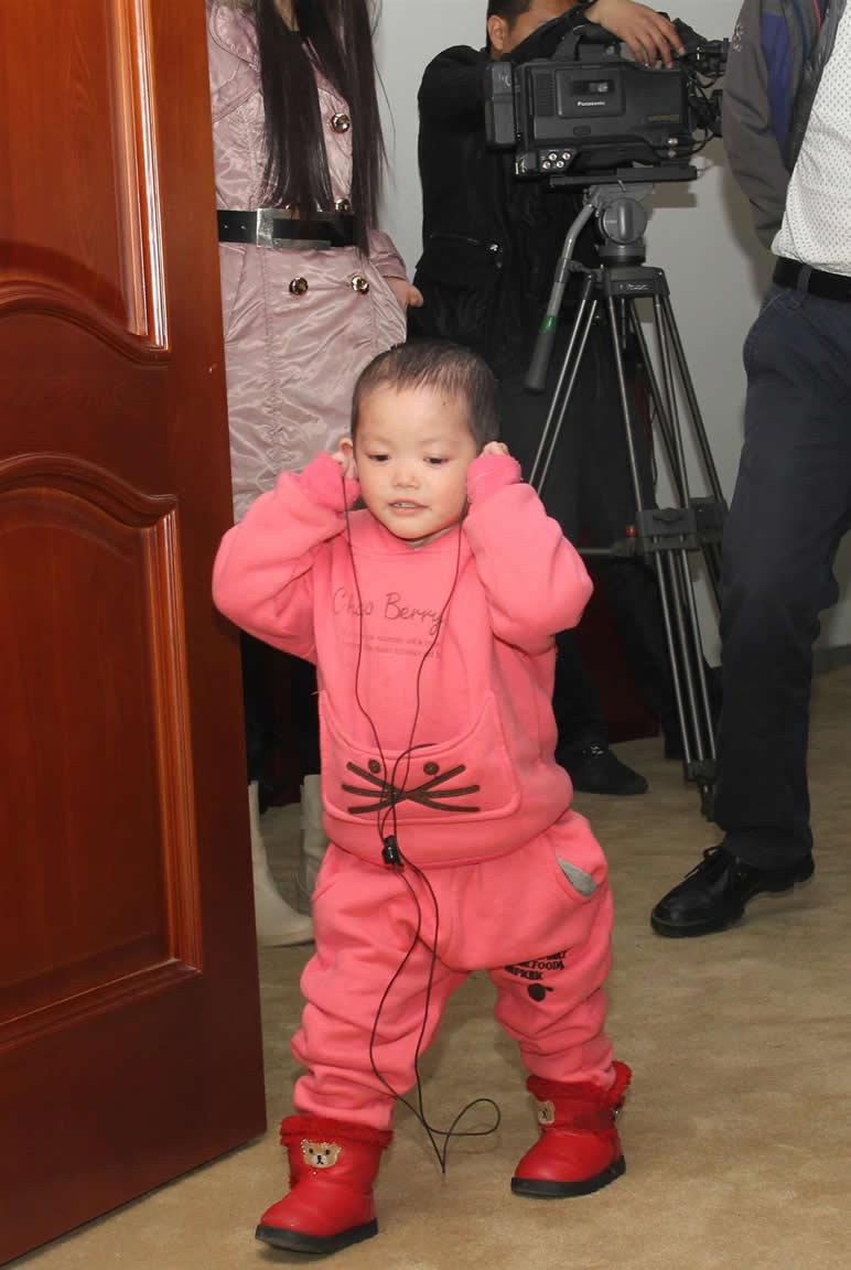 重症银屑病患儿小韦纺在京康复出院